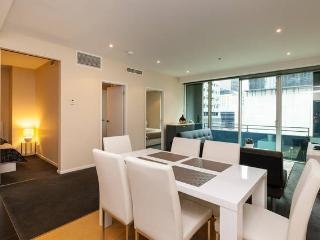 Central Modern 2BR Apt with Balcony - Melbourne vacation rentals