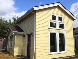 Charming Private Alberta Arts Cottage - Portland vacation rentals