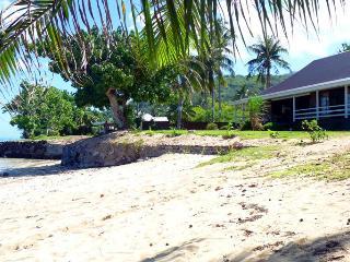 Fare Tianina - MOOREA - White Sand Beach - Haapiti vacation rentals