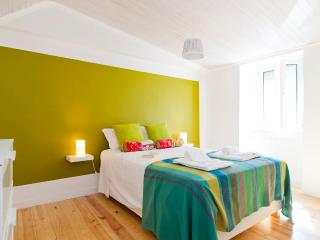 Colorfull apartment in Lapa 2bedrooms - Linda-a-Velha vacation rentals