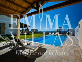 San Basso 8+2 - Alba Adriatica vacation rentals