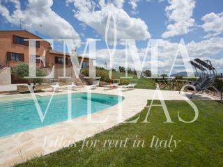 San Lorenzo 8+2 - Perugia vacation rentals