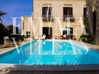 Villa Afrodite 8 - Messina vacation rentals