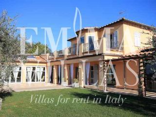 Villa Le Cave 12 - Livorno vacation rentals