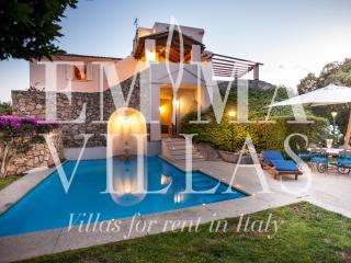 Villa Mare 10 - Porto Istana vacation rentals