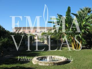 Villa Marsala 12+2 - Rilievo vacation rentals