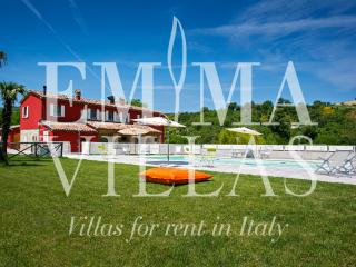 Cascina Marianna 12+4 - Pesaro vacation rentals