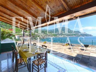 Chiaro di Luna 4+2 - Salerno vacation rentals