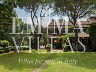 Villa Vallugola 8 - Misano Adriatico vacation rentals