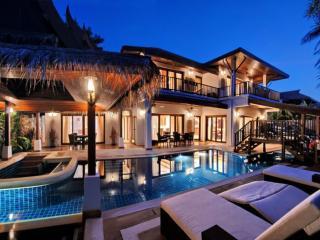 Baan Oasis 4 Bedroomed Luxury Beach Villa - Koh Samui vacation rentals