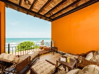 Elegant beachfront penthouse- oceanview from 2 balconies, a/c, pool, internet - Tamarindo vacation rentals