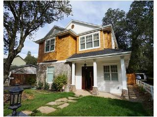 30-NT MIN Healdsburg 2nd Street Manor - Healdsburg vacation rentals