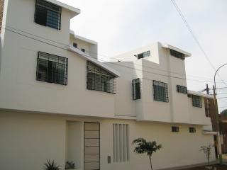 Bed and Breakfast Wasi Aeropuerto Lima - Lima vacation rentals