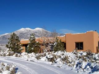 Charming pueblo-style home with incredible views! - Taos vacation rentals