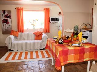 Casa Limao - delightful Portuguese cottage - Lagos vacation rentals