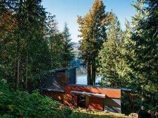 Silver Lake #83 - Spectacular Dream Home overlooking Silver Lake. - Maple Falls vacation rentals