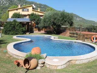LaGinesta country guest house.deluxe double suite - Barcelona vacation rentals