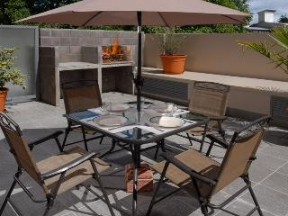 ONE BEDROOM (AF3) OUTDOOR PATIO WITH BBQ!!! - San Carlos de Bariloche vacation rentals