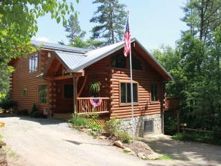 Timber Hollow, 2 master suites on a buffalo ranch! - Clyde vacation rentals