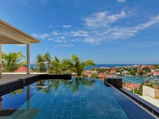Hillside villa Prestige offers ocean views, infinity pool & central location - Gustavia vacation rentals