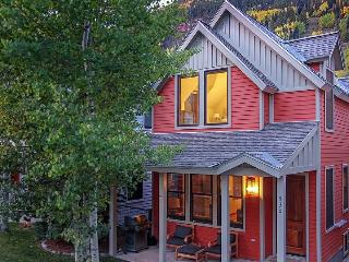 530 West Pacific, Unit A - 3 Bd / 3.5 Ba - Sleeps 6 - Newly Remodeled Deluxe Townhome - Located Centrally Downtown Telluride - Telluride vacation rentals