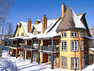 Beautiful condo in Les Manoirs - Mont Tremblant vacation rentals