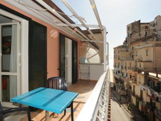 Minori Il Girasole Amalfi coast - Minori vacation rentals
