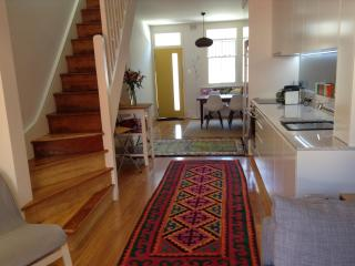 Newly renovated terrace, great location! - Sydney vacation rentals