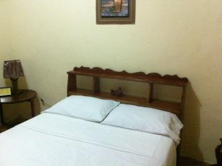 Wow! Low Budget Cozy, Clean Private Room Belize Ci - Belize City vacation rentals