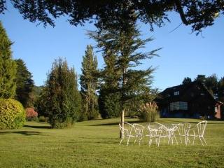 Beautiful Vacation Country House for Rent - Puerto Varas vacation rentals