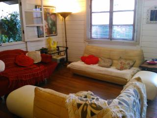 Hauzz Hostel - Cidade Morena vacation rentals