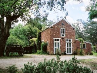 Claremont Coach House - Castlemaine vacation rentals