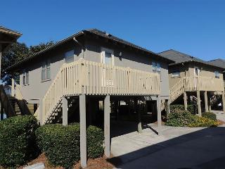 Fantastic View of the Marsh @ Guest Cottages Myrtle Beach SC #4 - Myrtle Beach - Grand Strand Area vacation rentals