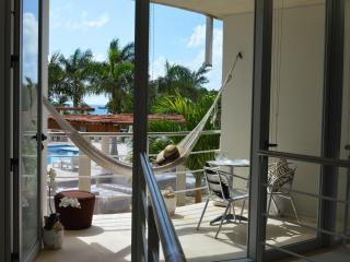 Romantic Condo, Jacuzzi And Pool! - Playa del Carmen vacation rentals