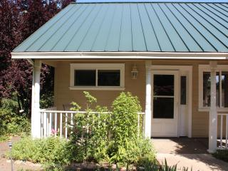 Country Cottage Apartment - Medford vacation rentals