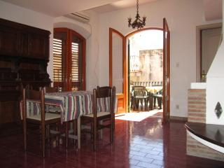 Taormina center!1-bedroom apartment with terrace! - Giardini Naxos vacation rentals