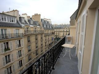 Balcon Au 5eme Ciel.Enjoyed a Drink After Touring - Asnieres-sur-Seine vacation rentals