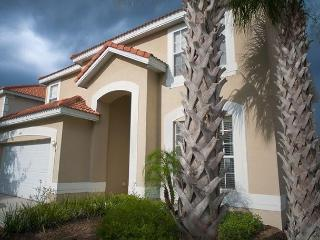 Loaded deluxe villa 12 minutes from Disney with ton of amenities - Davenport vacation rentals