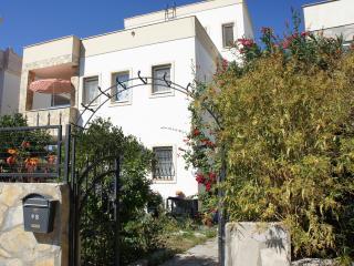 Villa Mandalina 3-Room Apartment, Free Wi-Fi - Turgutreis vacation rentals