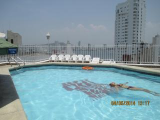 Cartagena Apt. close to Beach #1302 - Cartagena vacation rentals