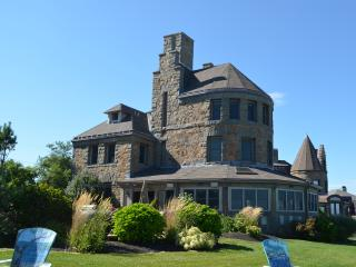 PRIVATE SPECTACULAR WINGAERSHEEK OCEANFRONT ESTATE - Gloucester vacation rentals
