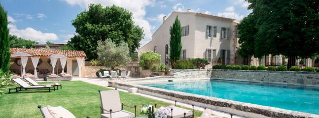 945219a4-48d7-11e4-a3f3-90b11c2d735e - Saint-Cannat vacation rentals