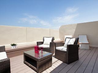 Palau de la Musica Penthouse 2 - Barcelona vacation rentals