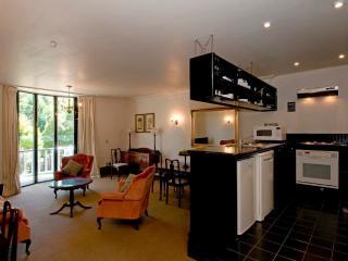 Villa luxury apartment - Wellington vacation rentals
