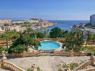 400 year old Palazzo in St Julians Bay - Saint Julian's vacation rentals