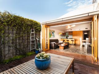 Oliveira - Melbourne vacation rentals