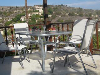 Three-bedroom  detached Holiday house in Paphos! - Kritou Terra vacation rentals