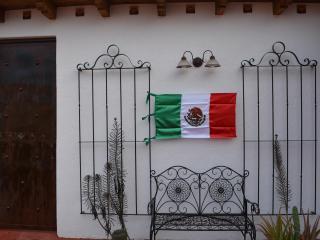 CASA DE LA PAZ- TERRAZA HOUSE-CASITA DE LA TERRAZA - Guanajuato vacation rentals
