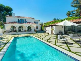 Sumptuous Hancock Park Villa in Historic Area with Pool & Guest House - Hollywood vacation rentals