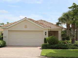 CCC10047 Colonial Country Club - Lakefront Pool Home on the Golf Course! - Fort Myers vacation rentals